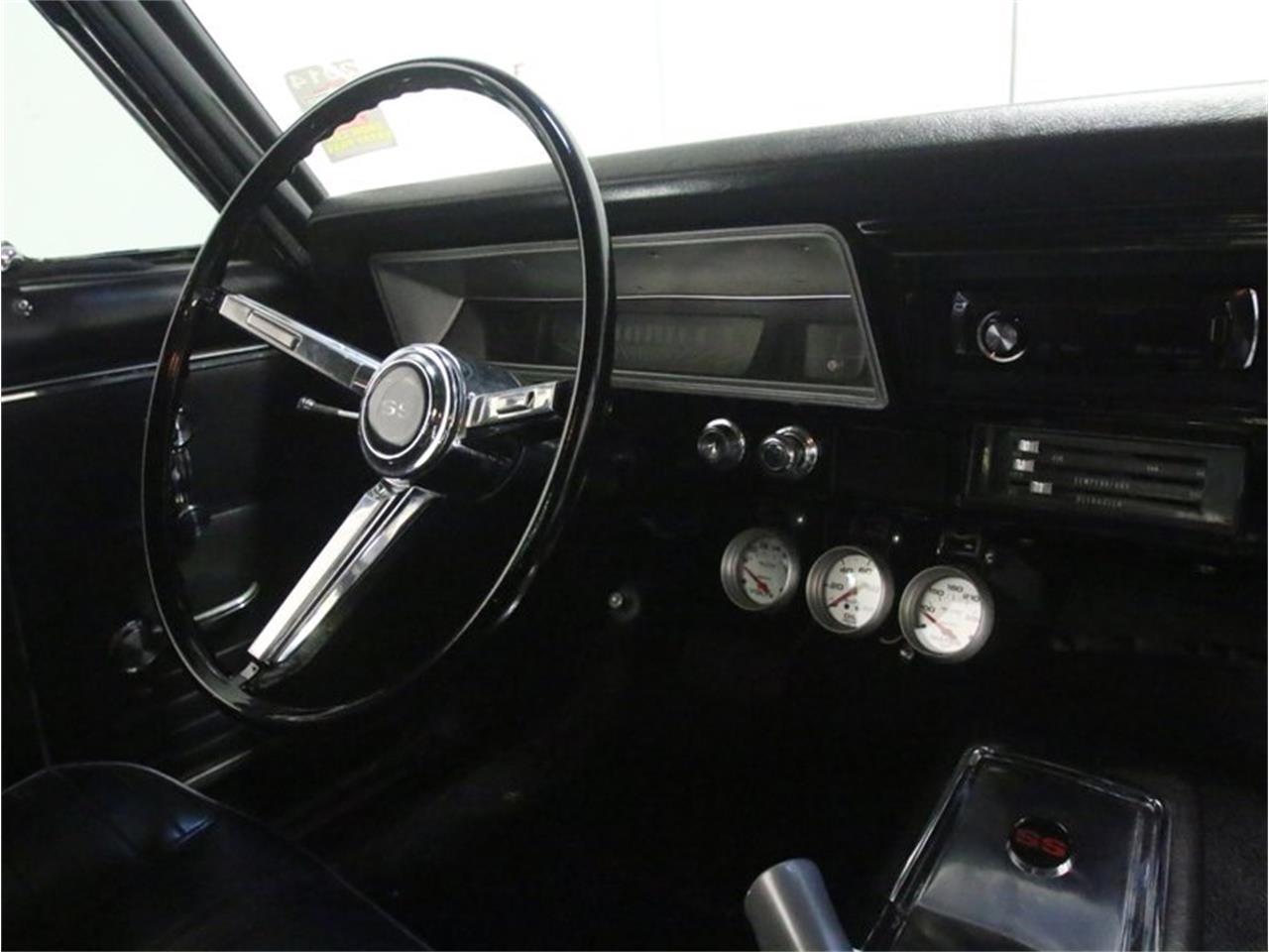 Large Picture of '67 Nova - M0YQ