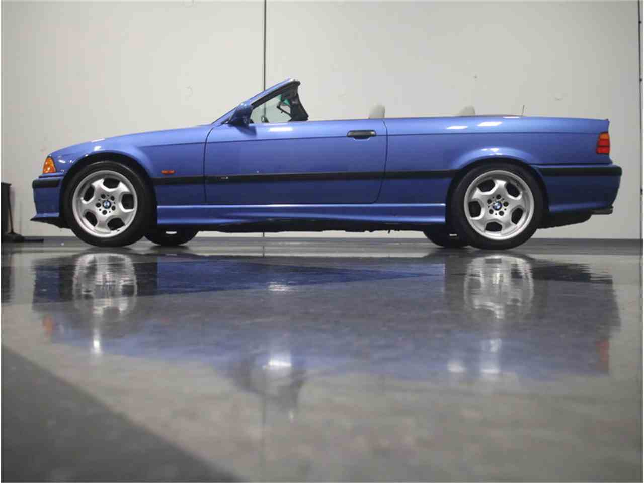 Large Picture of '98 BMW M3 Offered by Streetside Classics - Atlanta - LVN8