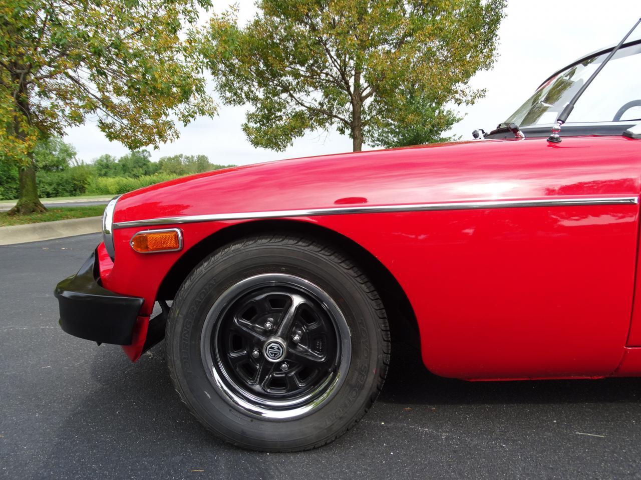 Large Picture of 1978 MG MGB located in O'Fallon Illinois - $11,995.00 Offered by Gateway Classic Cars - St. Louis - LVNA