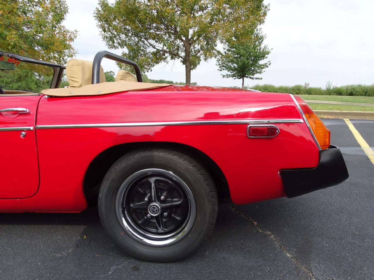Large Picture of 1978 MGB located in O'Fallon Illinois - $11,995.00 Offered by Gateway Classic Cars - St. Louis - LVNA
