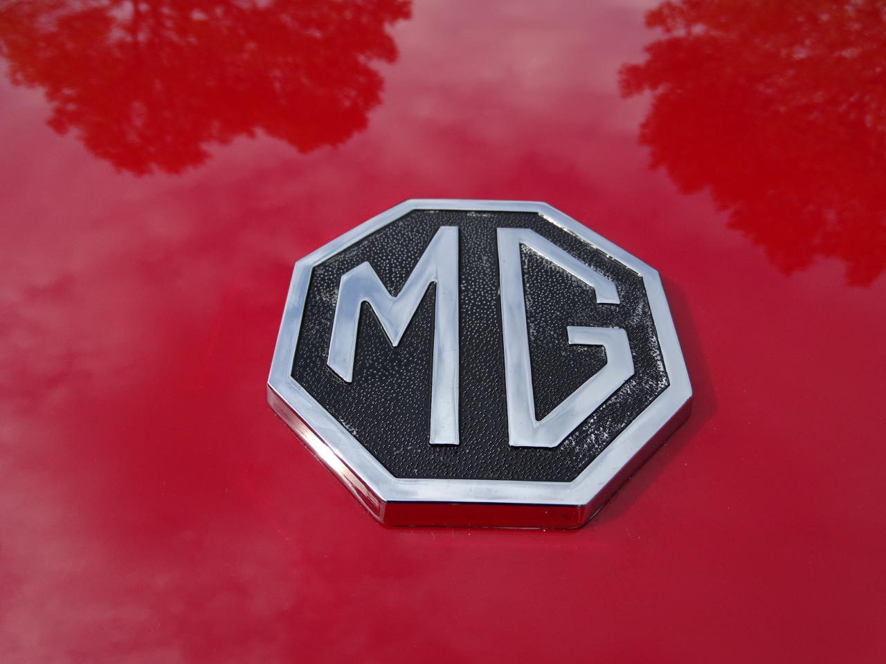 Large Picture of '78 MG MGB - LVNA