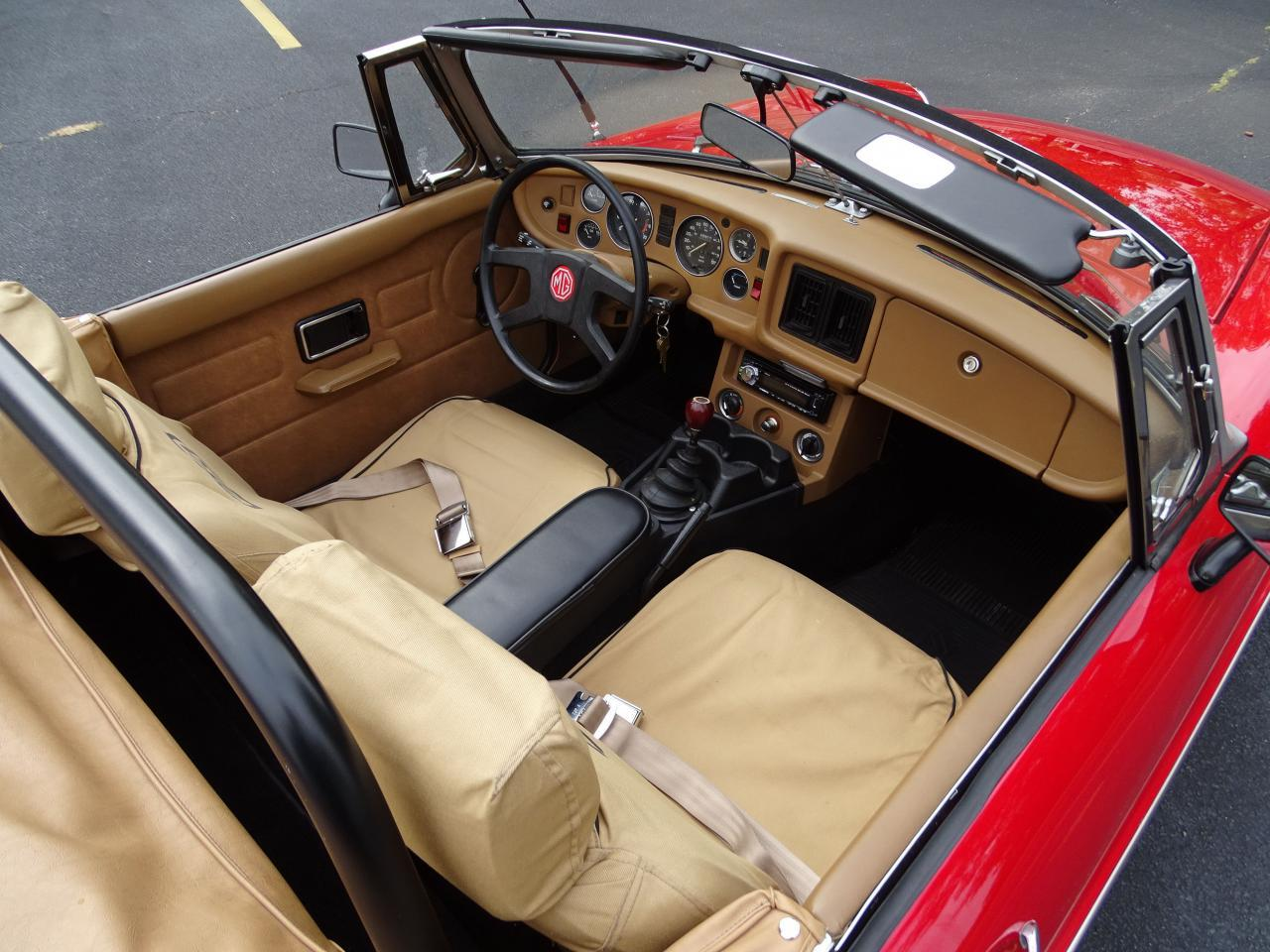 Large Picture of '78 MG MGB located in Illinois Offered by Gateway Classic Cars - St. Louis - LVNA