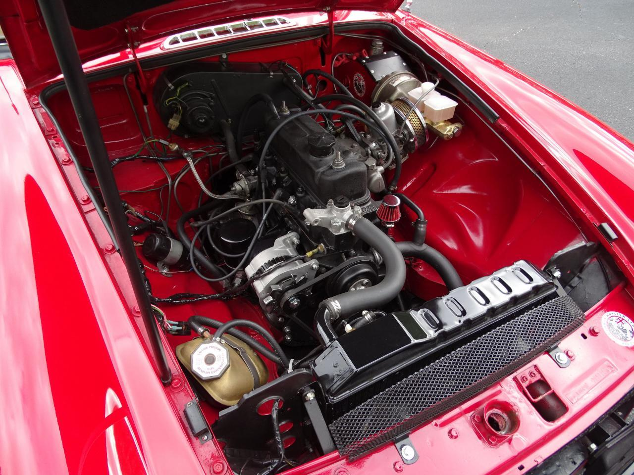 Large Picture of 1978 MG MGB - LVNA