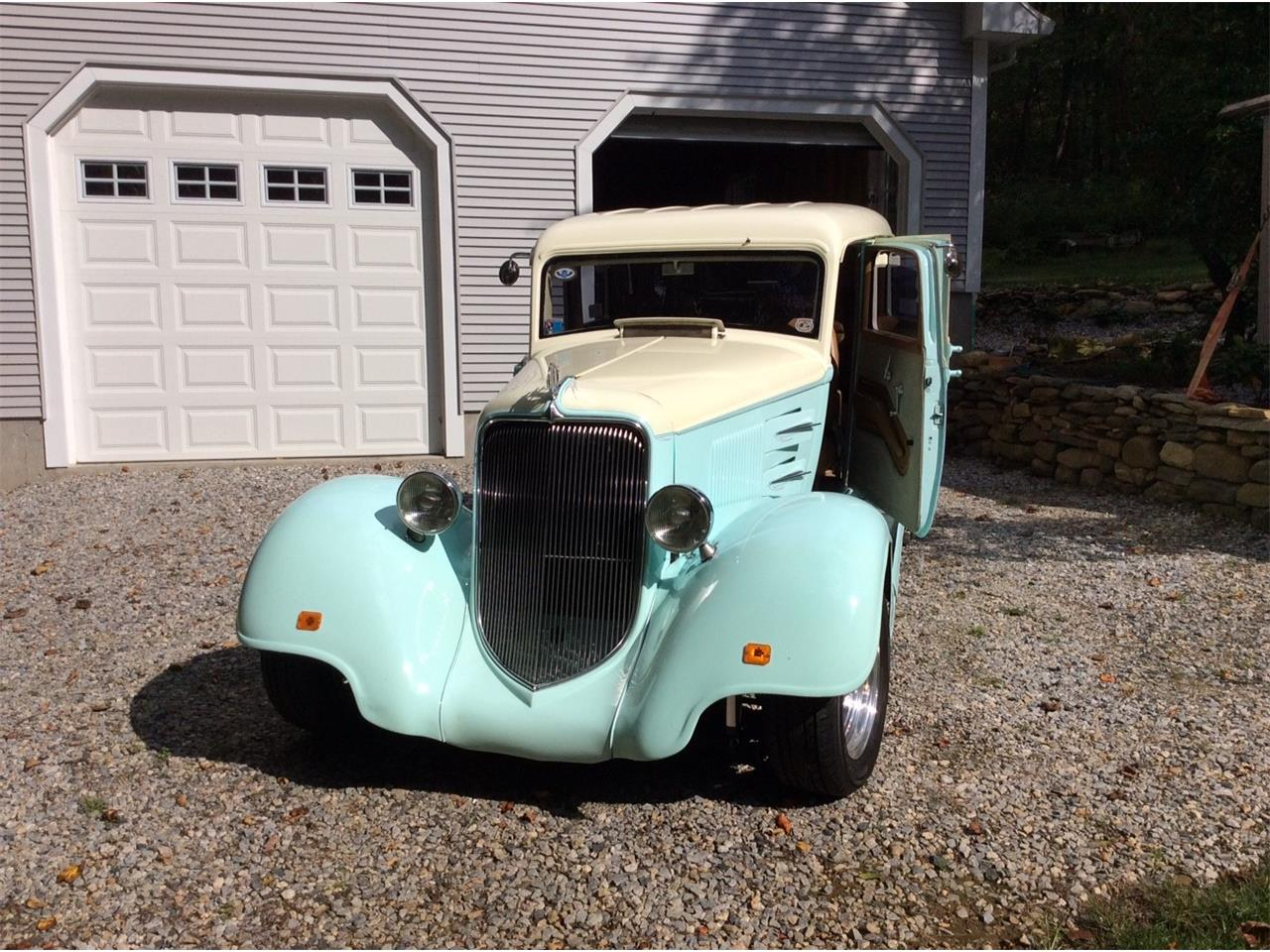 Large Picture of '34 Street Rod - $34,900.00 Offered by a Private Seller - M150