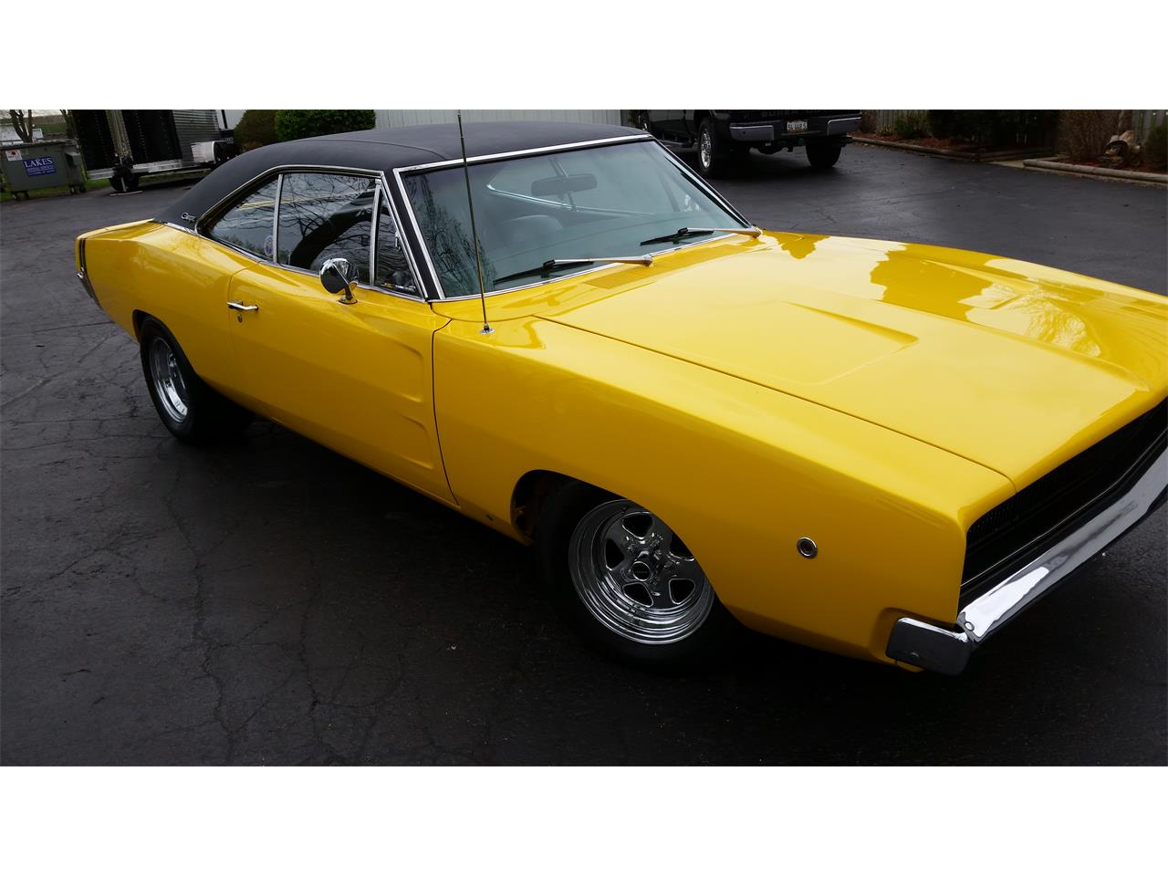 Large Picture of '68 Charger - M15R