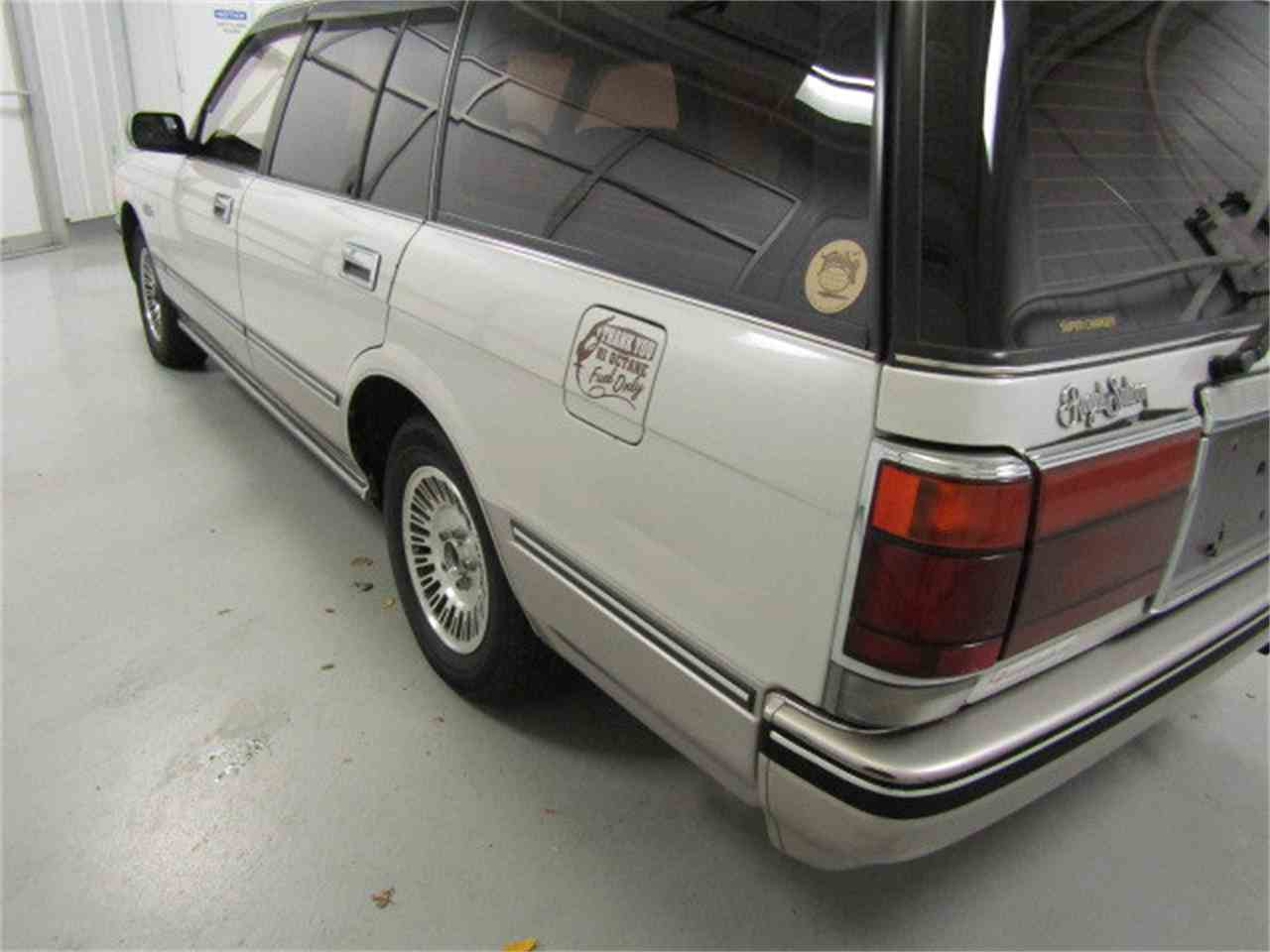 Large Picture of '89 Crown Offered by Duncan Imports & Classic Cars - LVOD