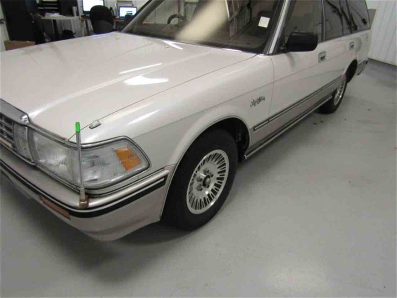 Large Picture of '89 Toyota Crown located in Christiansburg Virginia Offered by Duncan Imports & Classic Cars - LVOD
