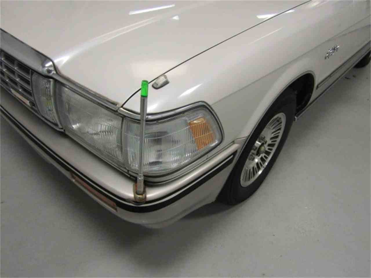 Large Picture of '89 Crown - $7,482.00 Offered by Duncan Imports & Classic Cars - LVOD