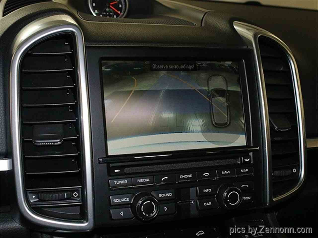 Large Picture of '14 Porsche Cayenne Offered by Auto Gallery Chicago - LVPM
