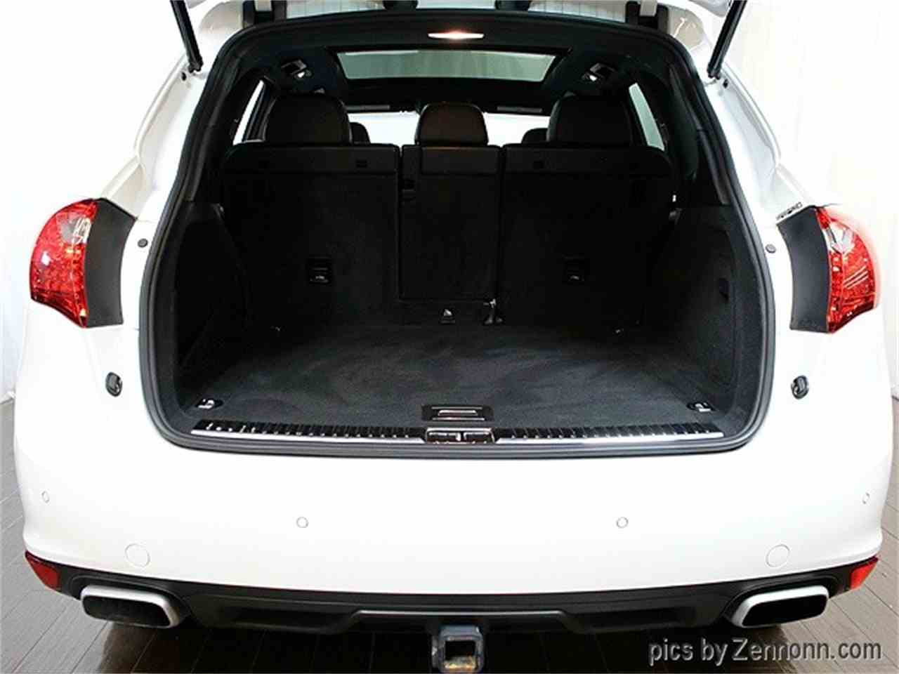 Large Picture of 2014 Porsche Cayenne - $38,990.00 Offered by Auto Gallery Chicago - LVPM