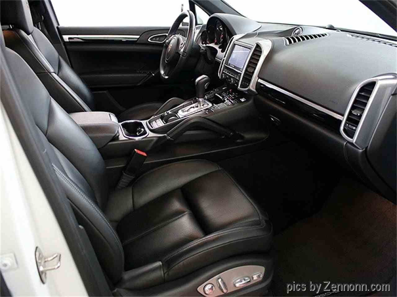 Large Picture of '14 Porsche Cayenne - LVPM