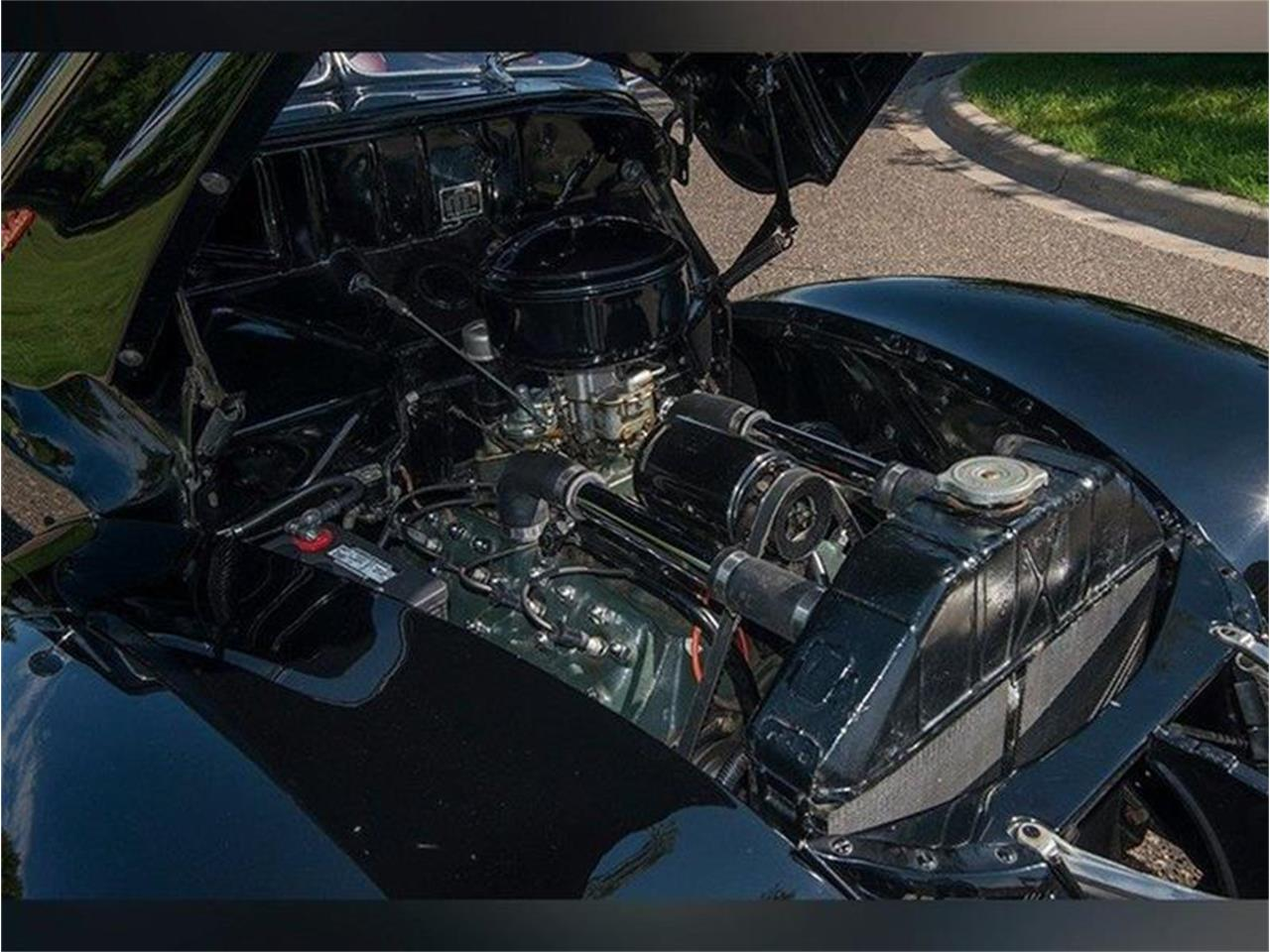 Large Picture of '40 Deluxe - LVQ3