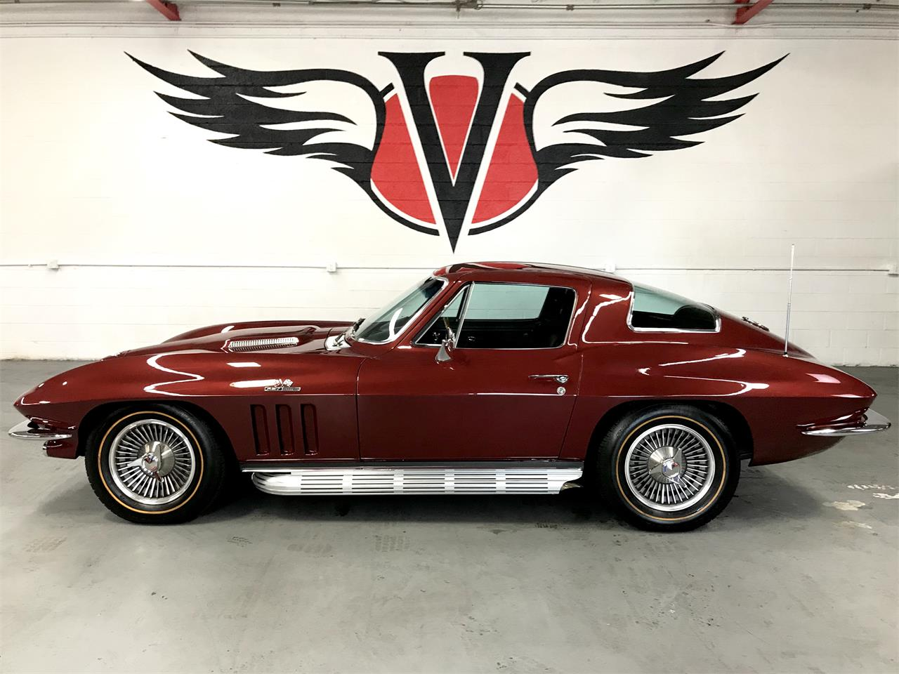 Large Picture of '66 Corvette - M1XS