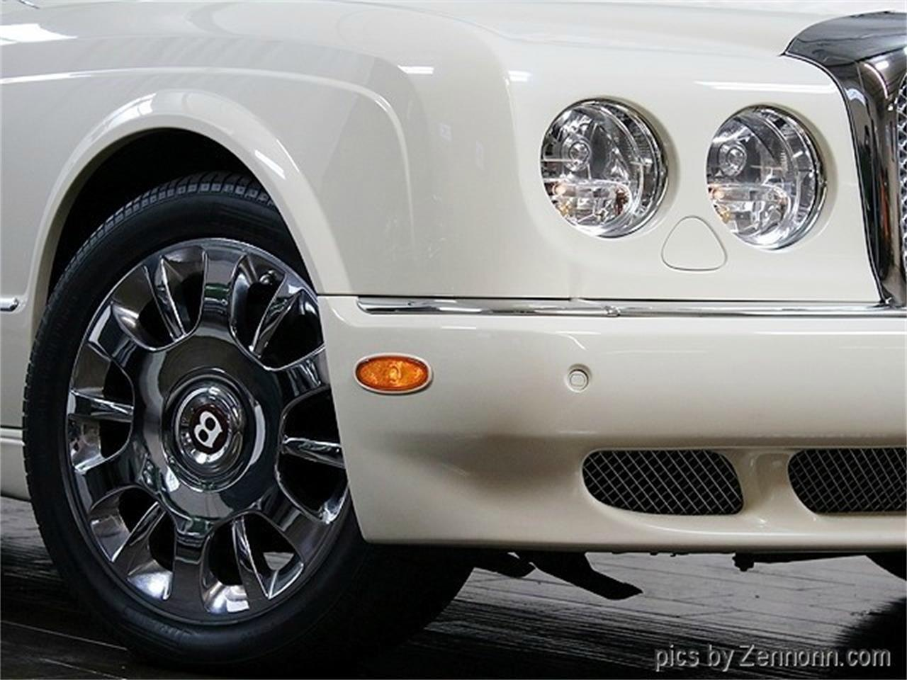 Large Picture of '05 Arnage - LVQ8