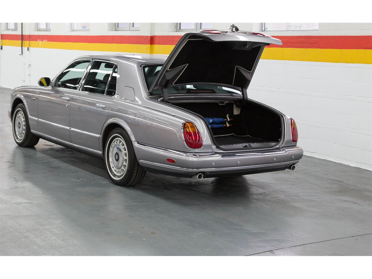 Large Picture of 1999 Rolls-Royce Silver Seraph - $59,995.00 Offered by John Scotti Classic Cars - M1YP