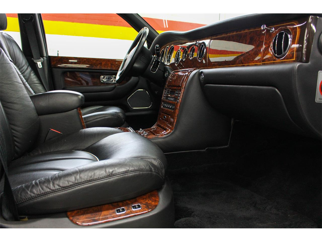 Large Picture of '99 Rolls-Royce Silver Seraph located in Quebec - $59,995.00 Offered by John Scotti Classic Cars - M1YP