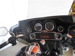 Picture of '07 FLHTCU - Electra Glide® Ultra Classic - LVQR