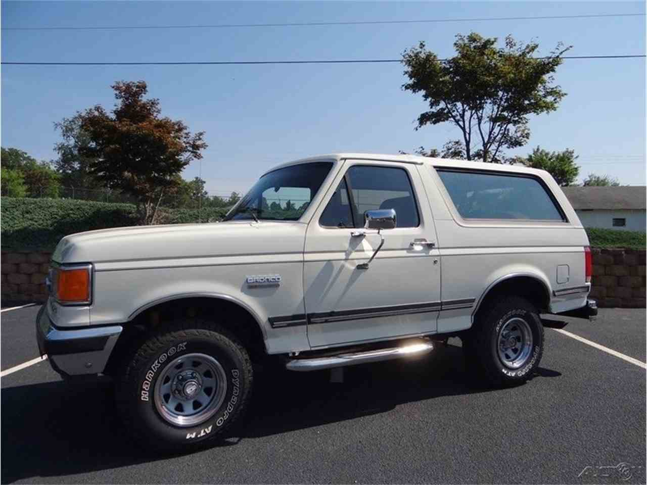 Large Picture of 1987 Ford Bronco located in North Carolina Offered by GAA Classic Cars Auctions - LVQS