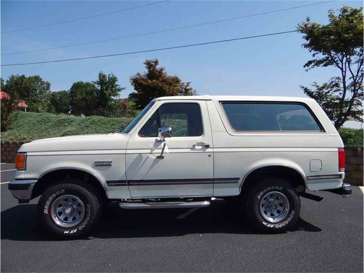 Large Picture of 1987 Ford Bronco located in North Carolina Auction Vehicle Offered by GAA Classic Cars Auctions - LVQS
