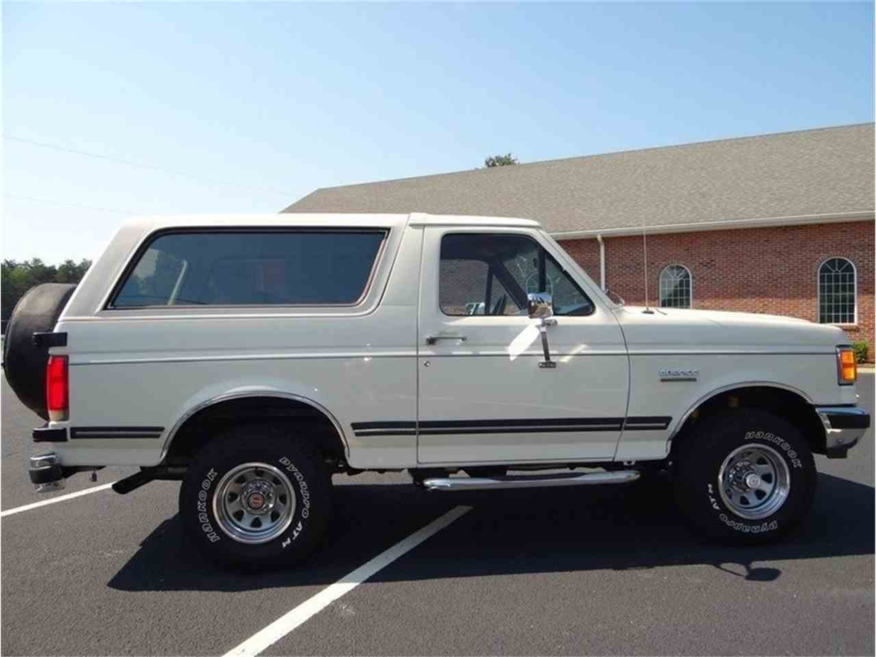 Large Picture of 1987 Ford Bronco Offered by GAA Classic Cars Auctions - LVQS