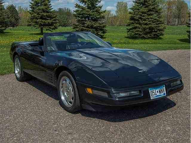 Picture of '92 Chevrolet Corvette located in Minnesota Offered by Ellingson Motorcars - M253