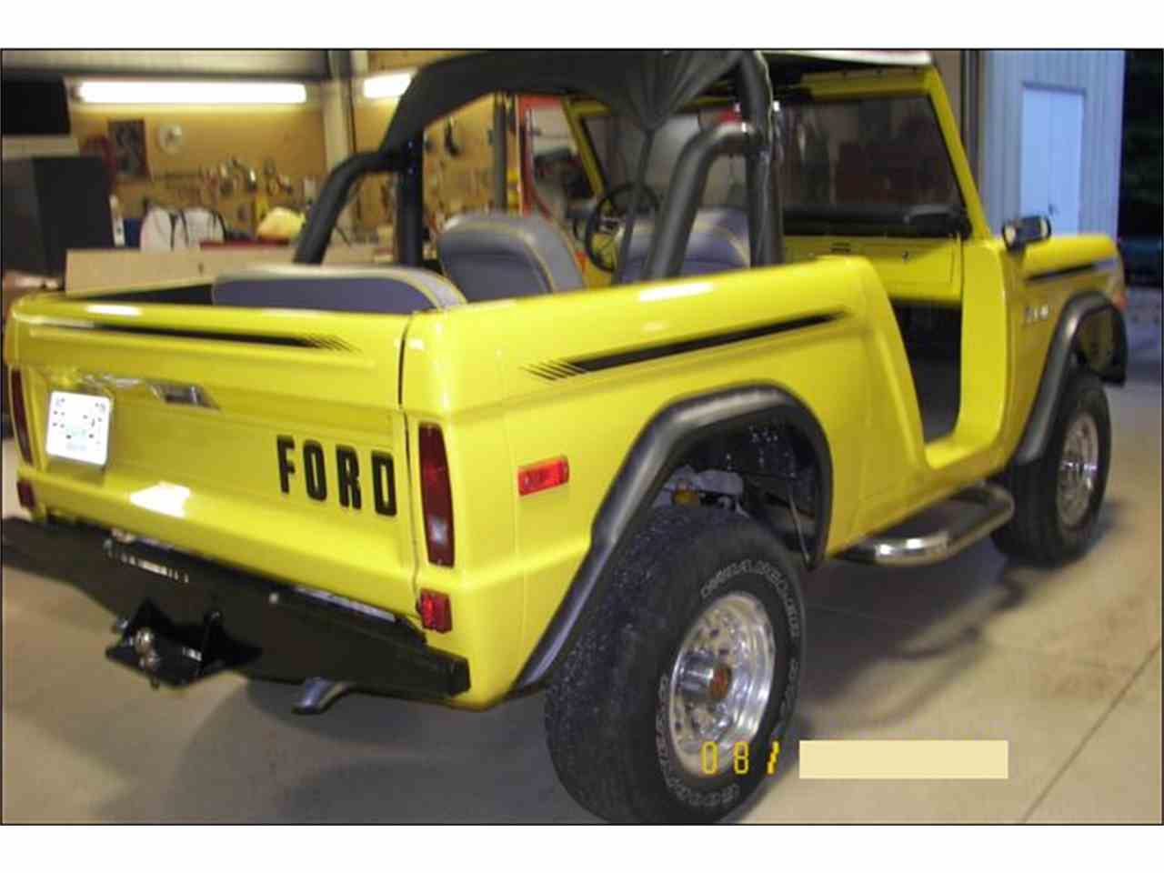 Large Picture of '76 Bronco - M28W