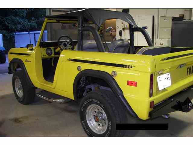 Picture of '76 Ford Bronco located in Parsons TENNESSEE - $32,000.00 - M28W