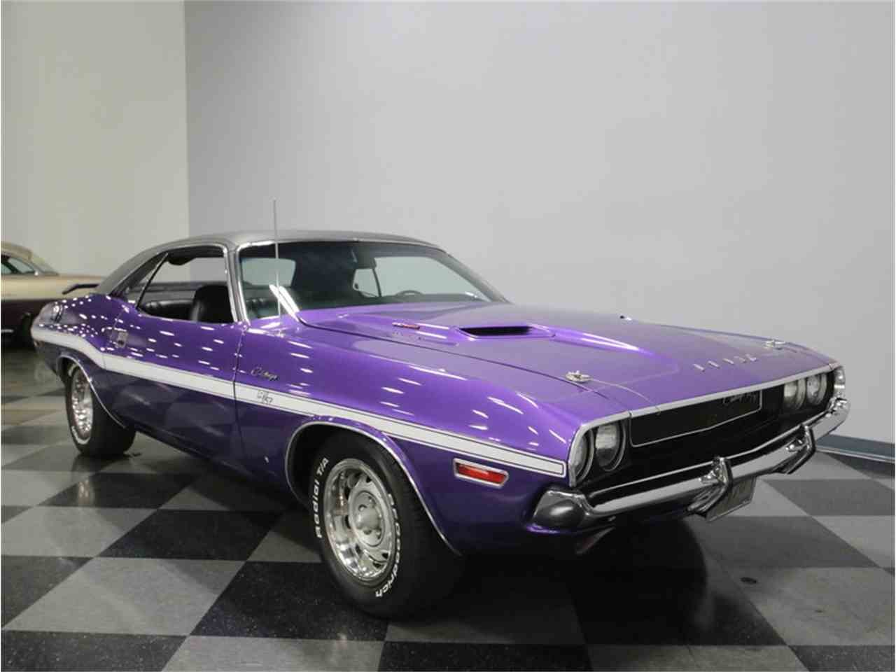Large Picture of 1970 Dodge Challenger R/T located in Tennessee Offered by Streetside Classics - Nashville - M29Z