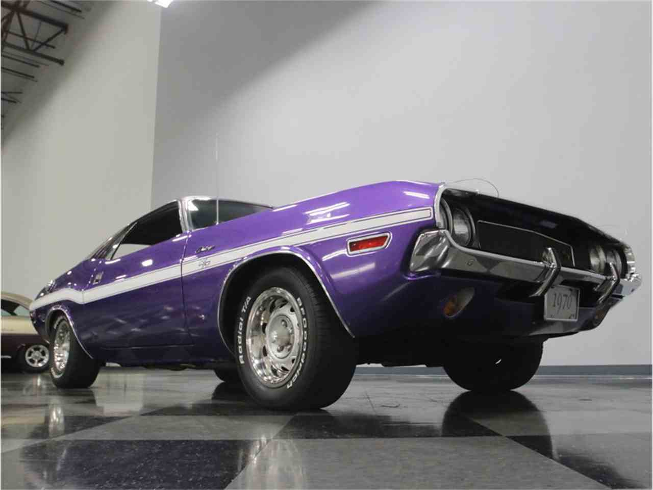 Large Picture of '70 Dodge Challenger R/T Offered by Streetside Classics - Nashville - M29Z
