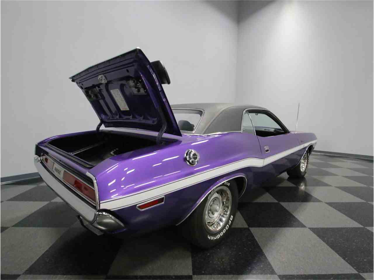 Large Picture of Classic '70 Dodge Challenger R/T Offered by Streetside Classics - Nashville - M29Z