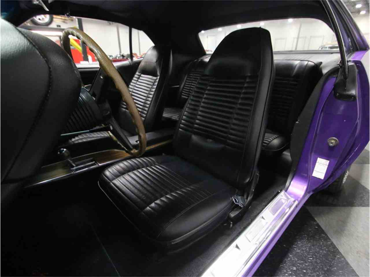 Large Picture of 1970 Dodge Challenger R/T Offered by Streetside Classics - Nashville - M29Z
