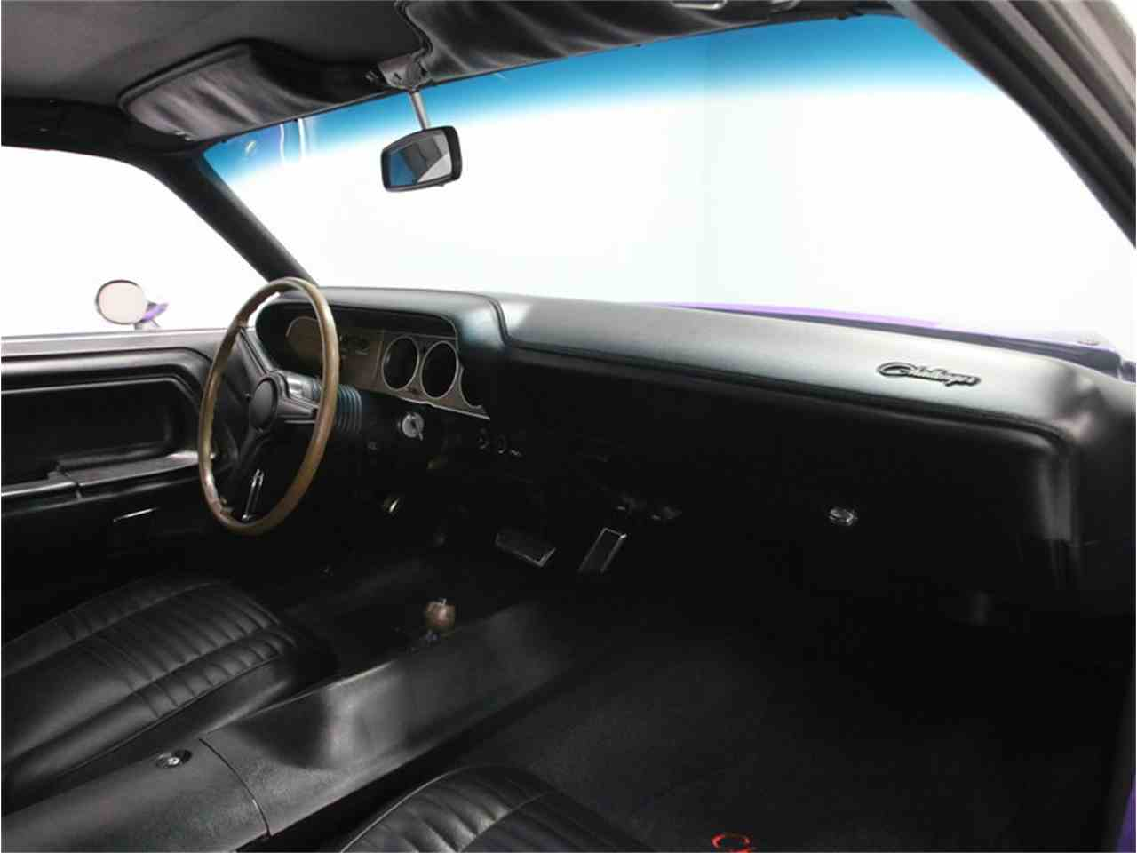 Large Picture of 1970 Challenger R/T - $64,995.00 - M29Z