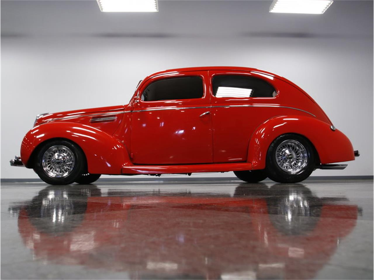 Large Picture of '39 2-Dr Sedan - LVRF