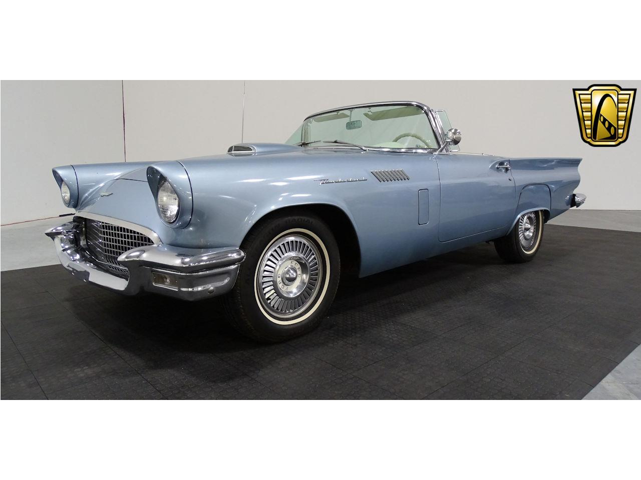 Large Picture of '57 Thunderbird - LV3Y
