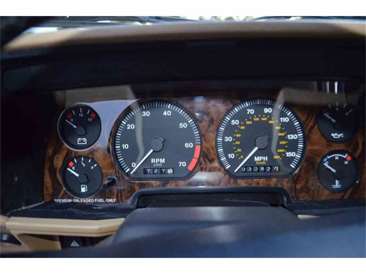 Large Picture of 1994 Jaguar XJS located in Lebanon Tennessee - $19,800.00 Offered by Frazier Motor Car Company - M2J7