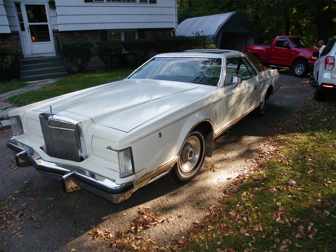 Large Picture of 1977 Lincoln Mark V Offered by a Private Seller - M2JM