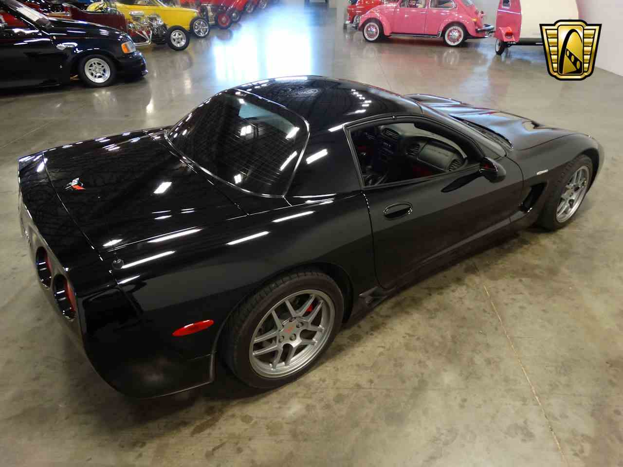 Large Picture of '01 Corvette - M2LX