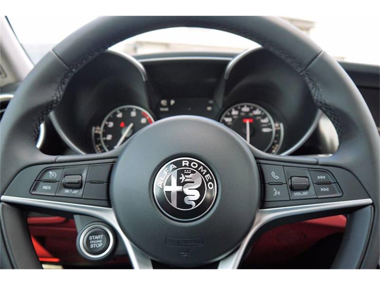 Large Picture of '17 Giulietta Spider - M2ND