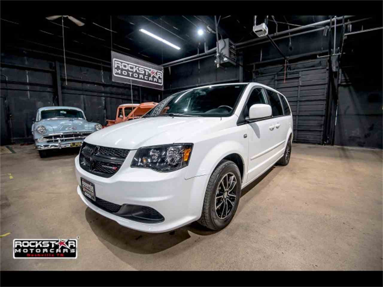 Large Picture of 2014 Grand Caravan located in Nashville Tennessee - $15,550.00 Offered by Rockstar Motorcars - M2PQ