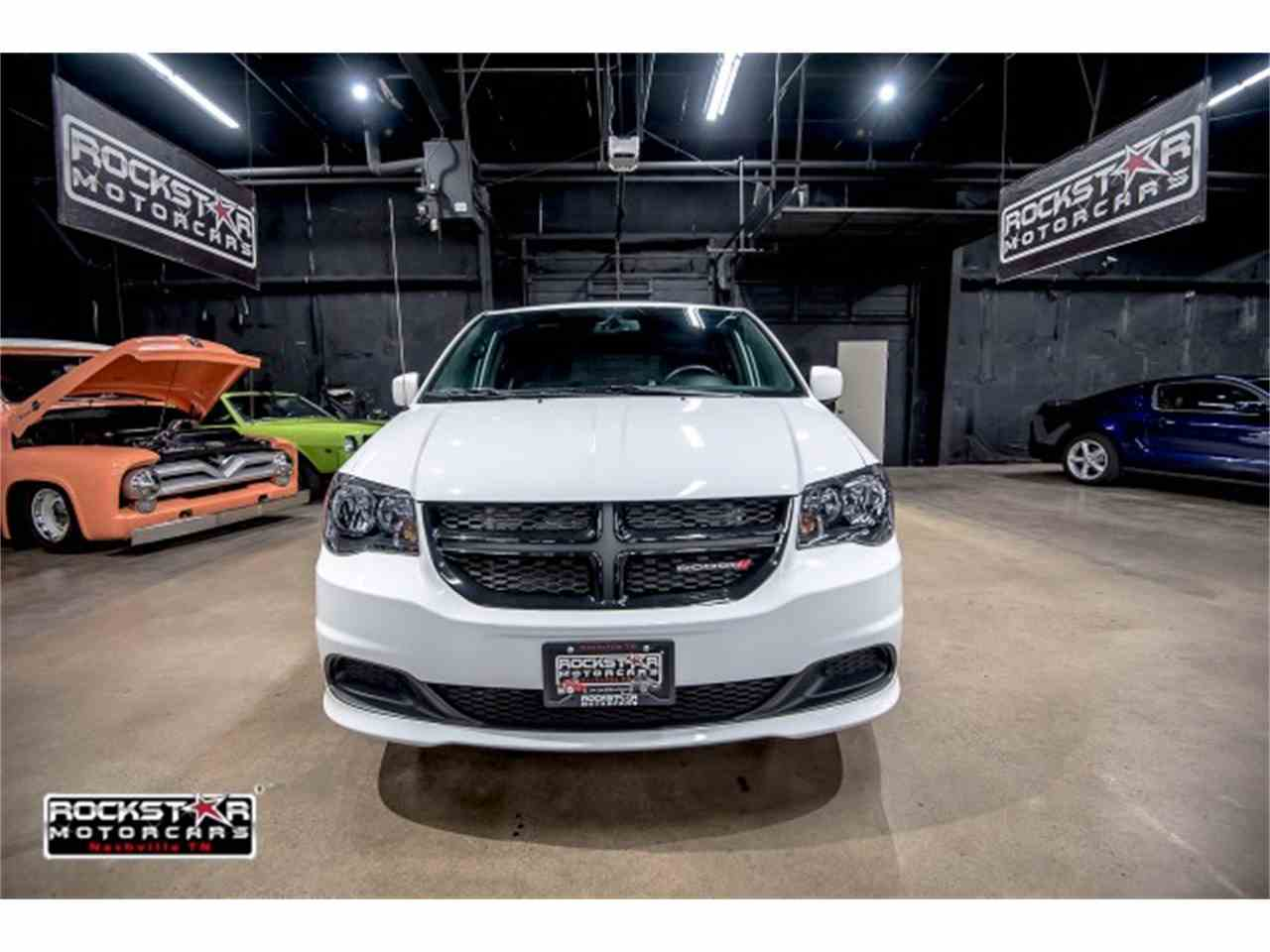 Large Picture of '14 Dodge Grand Caravan located in Tennessee - $15,550.00 Offered by Rockstar Motorcars - M2PQ