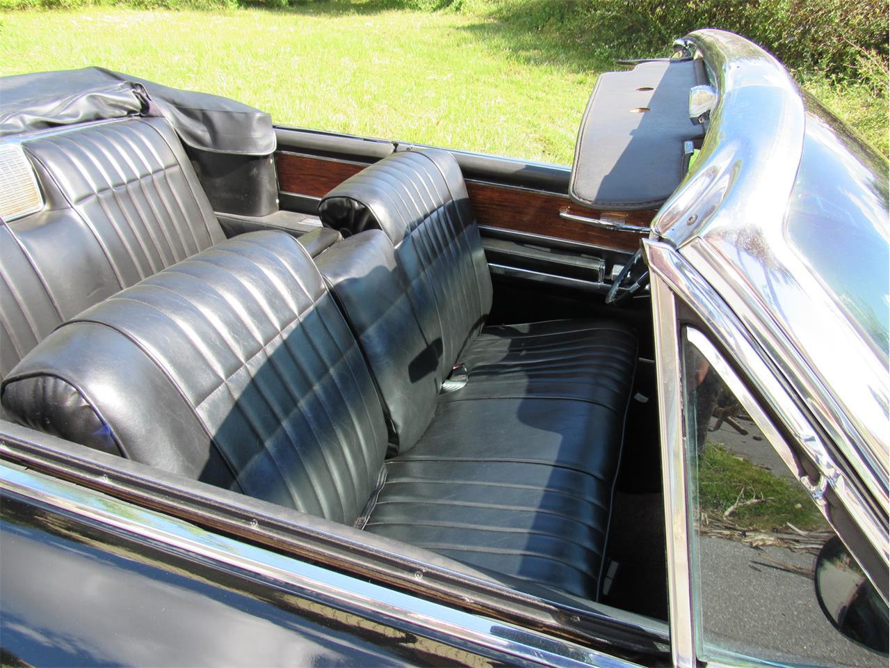 Large Picture of '63 Cadillac Eldorado Biarritz - $39,900.00 - M3NM