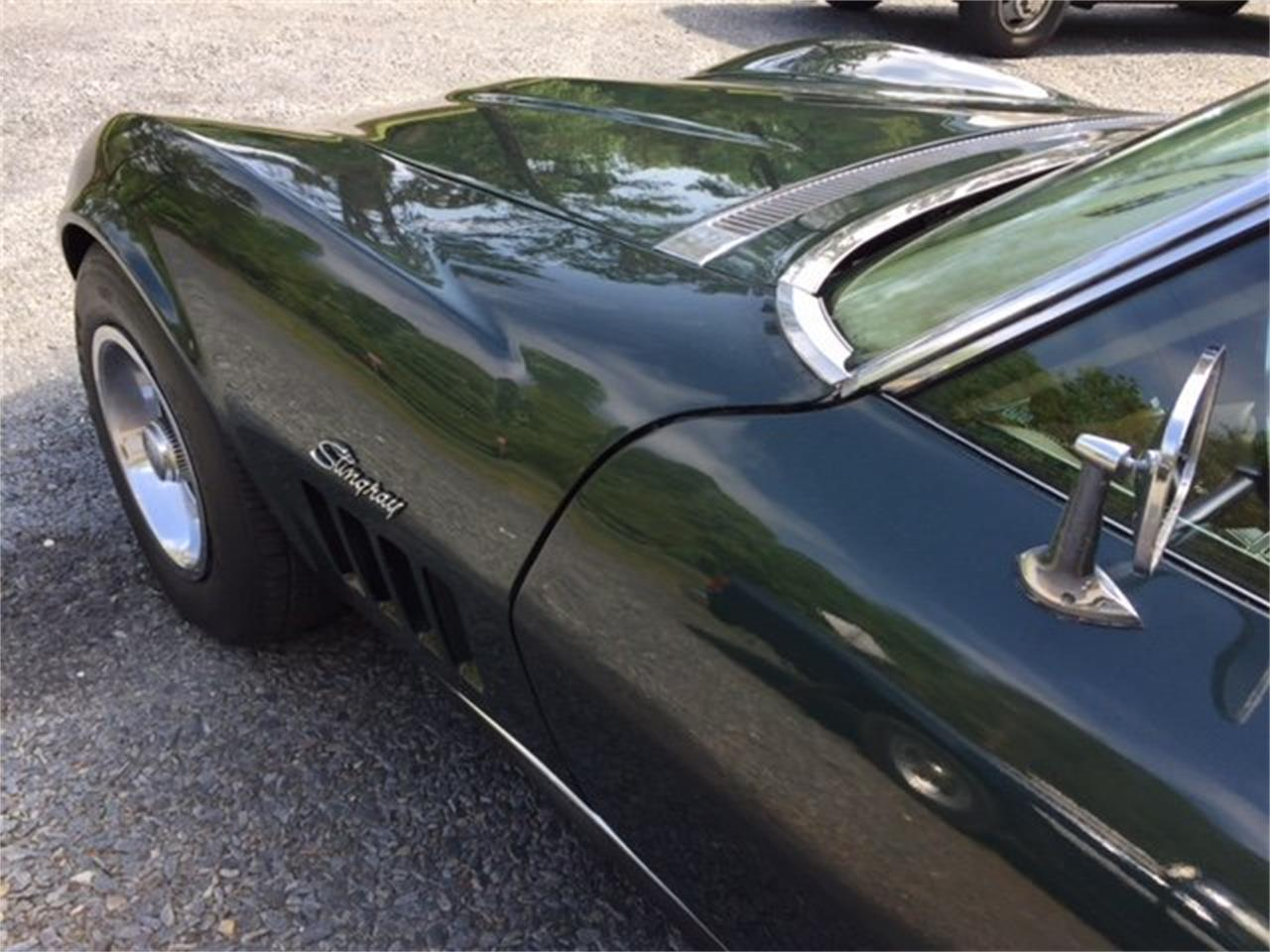 Large Picture of '69 Corvette - M3O8