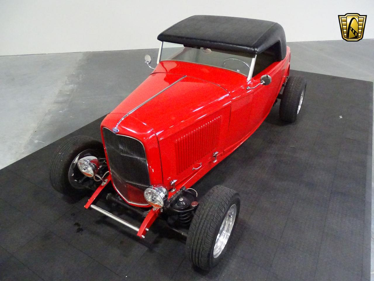 Large Picture of '32 Ford Roadster - $39,595.00 - M3R5
