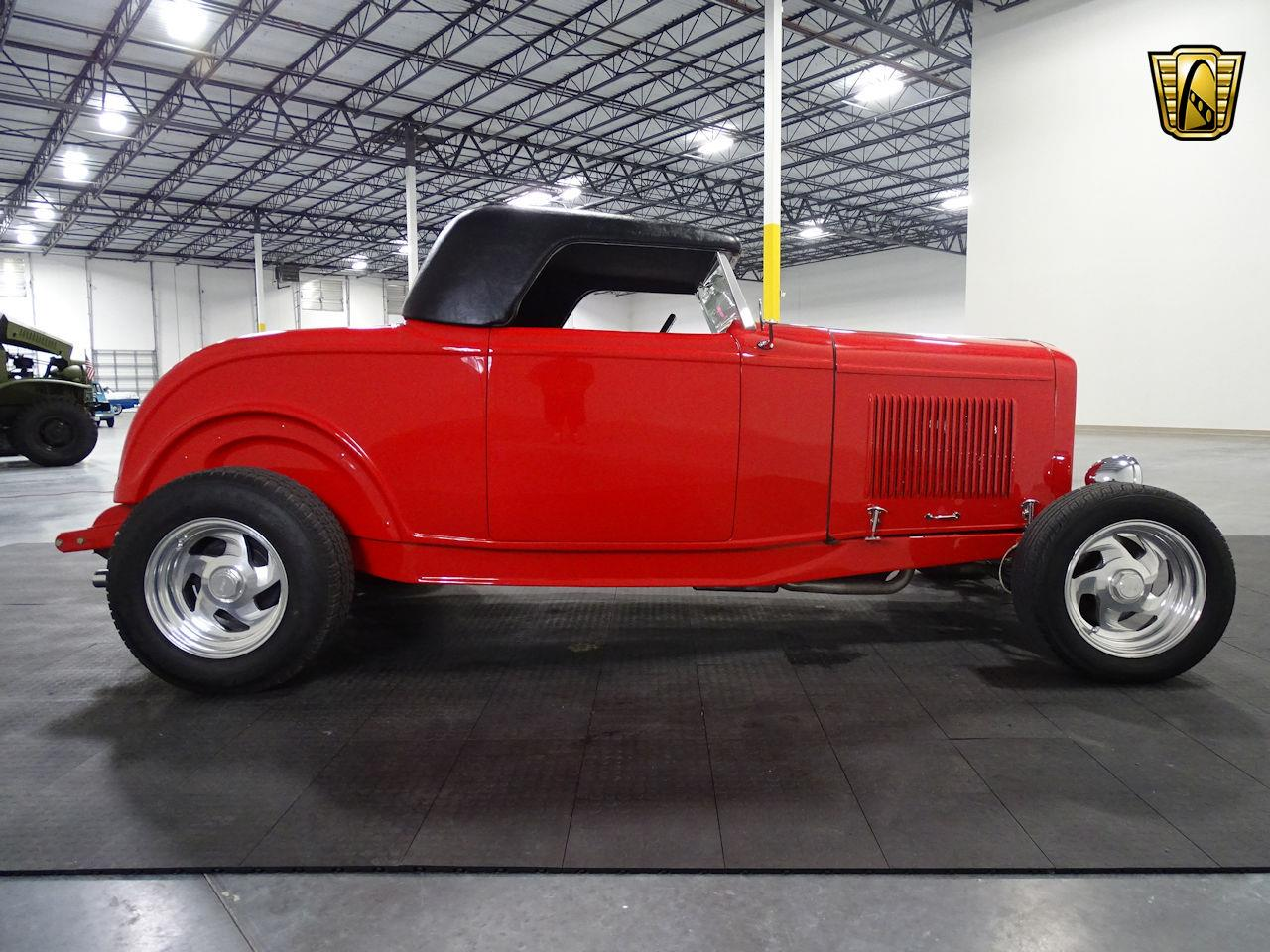 Large Picture of '32 Ford Roadster located in Houston Texas - M3R5