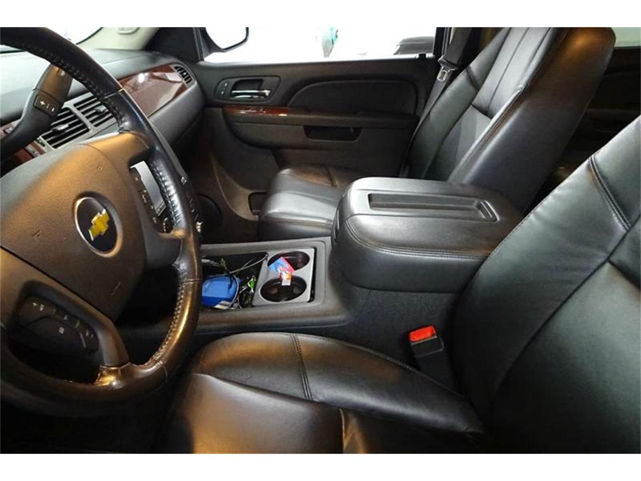 Large Picture of '11 Silverado - $29,995.00 Offered by Great Lakes Classic Cars - M3RJ