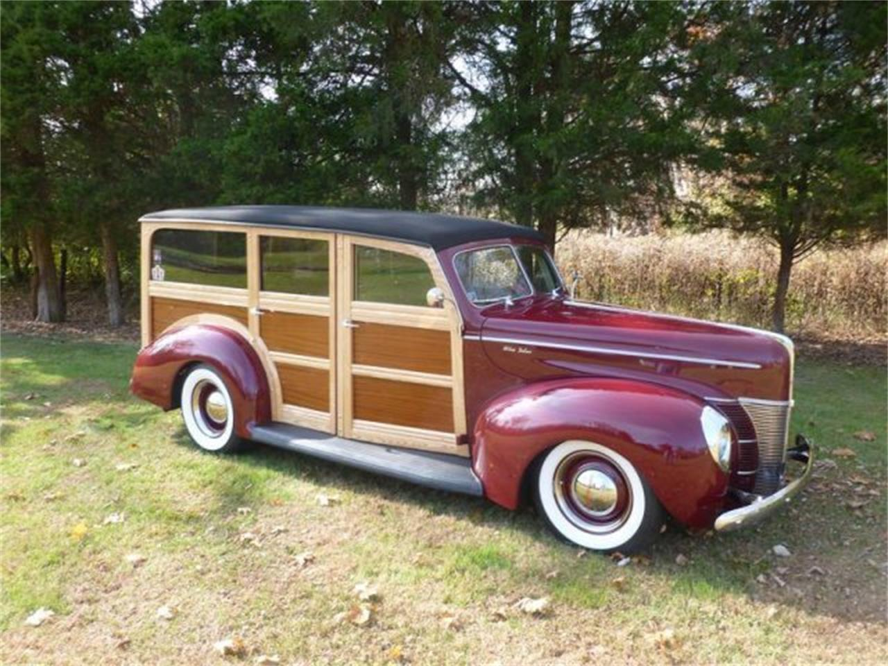 Large Picture of Classic 1940 Ford Woody Wagon located in Milford Ohio - M3YH