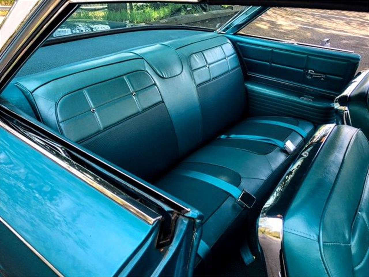 Large Picture of Classic 1961 Buick Electra located in Arlington Texas Offered by Classical Gas Enterprises - M3ZP