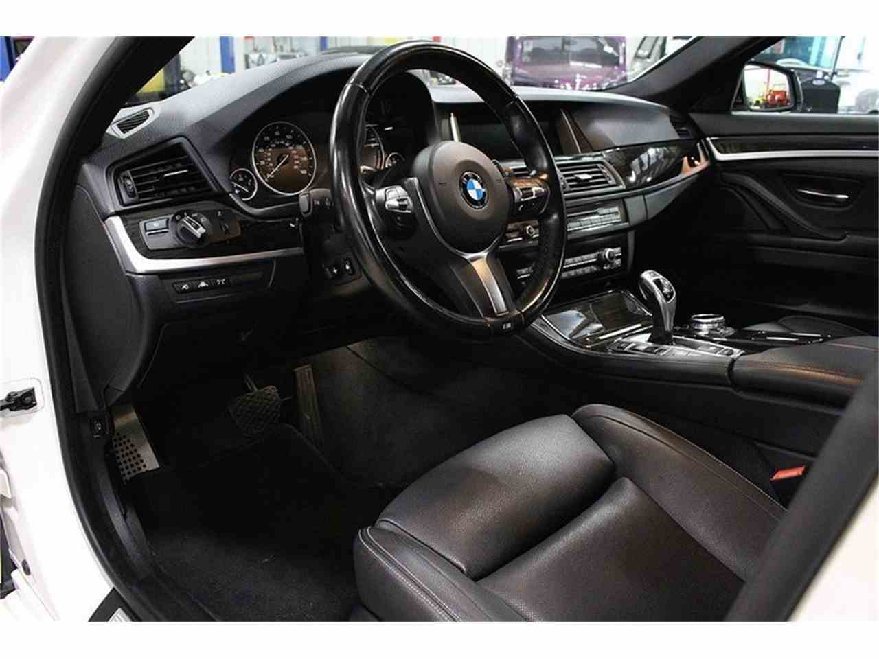 Large Picture of '14 BMW 5 Series located in Kentwood Michigan - M41M