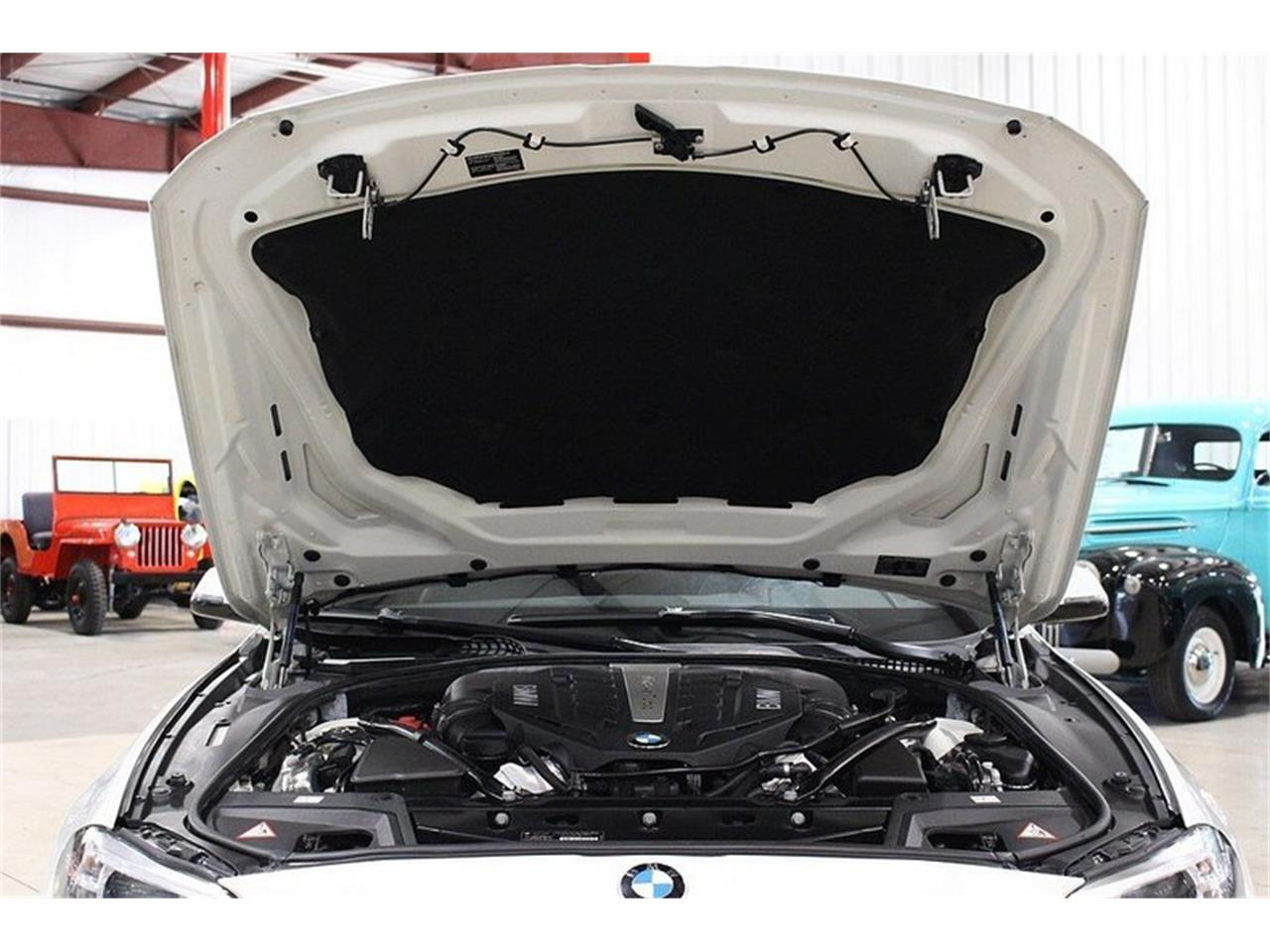 Large Picture of 2014 BMW 5 Series located in Kentwood Michigan - M41M