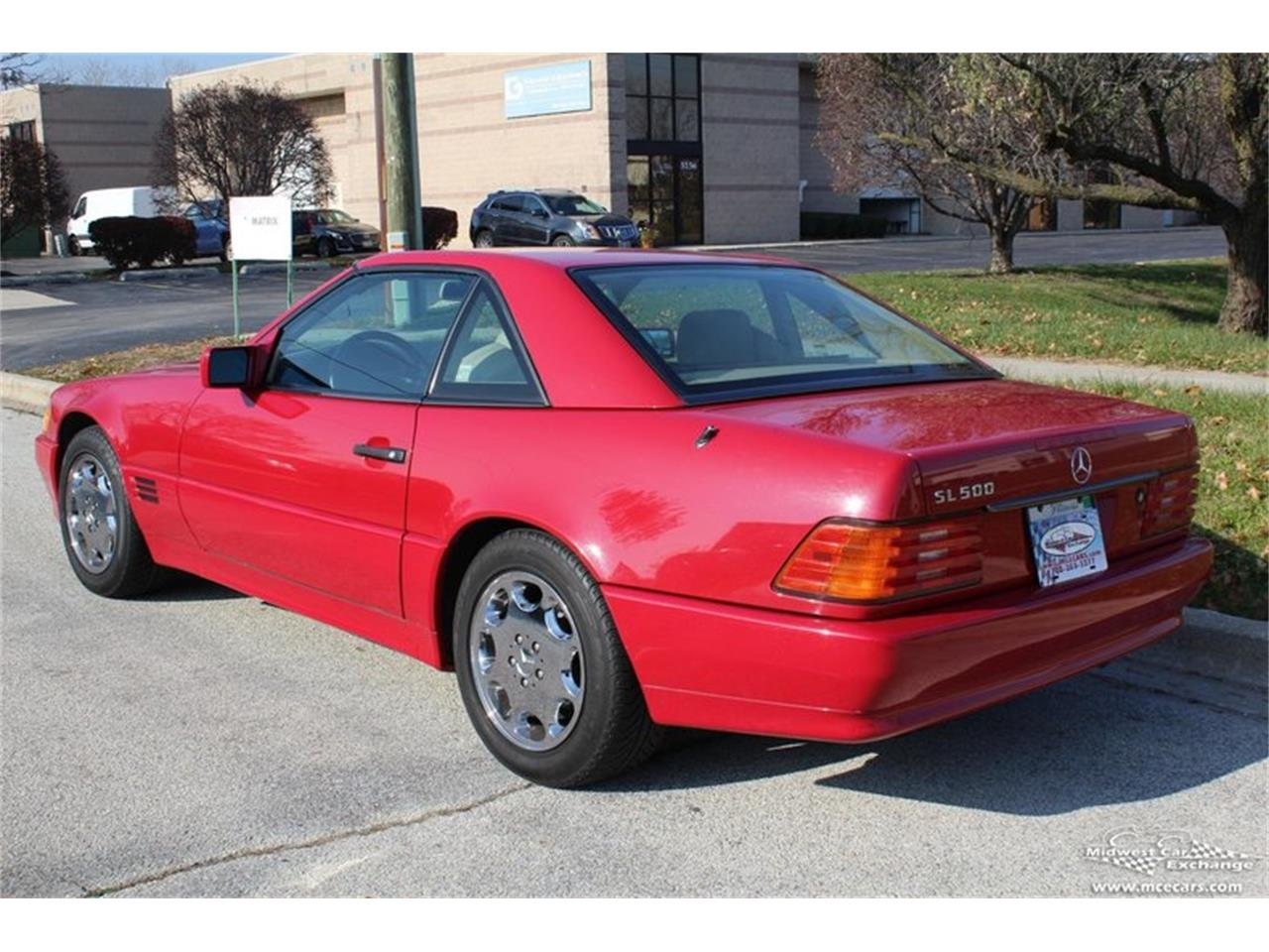 Large Picture of '95 Mercedes-Benz SL500 located in Illinois Offered by Midwest Car Exchange - M42A